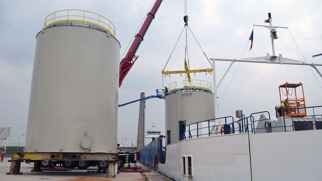 Base oil storage tanks