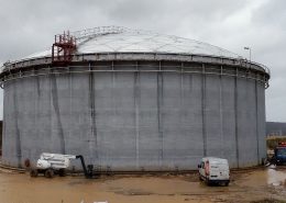 Refurbishment of storage tank